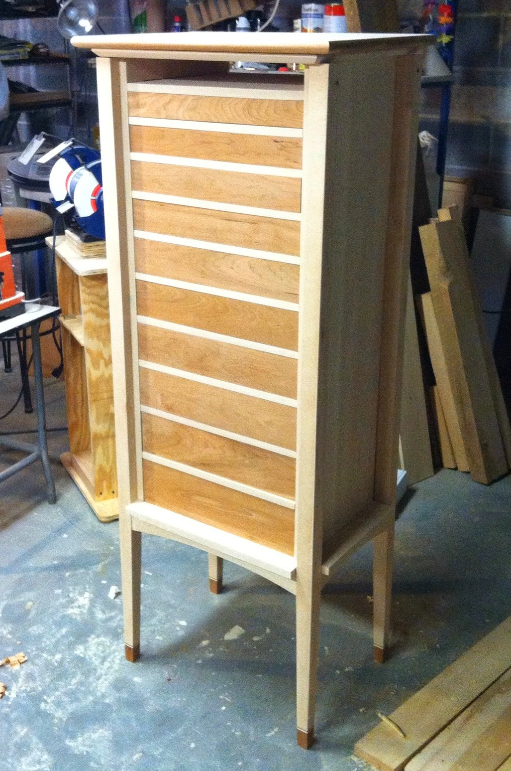 Cabinet with 10 drawers in place