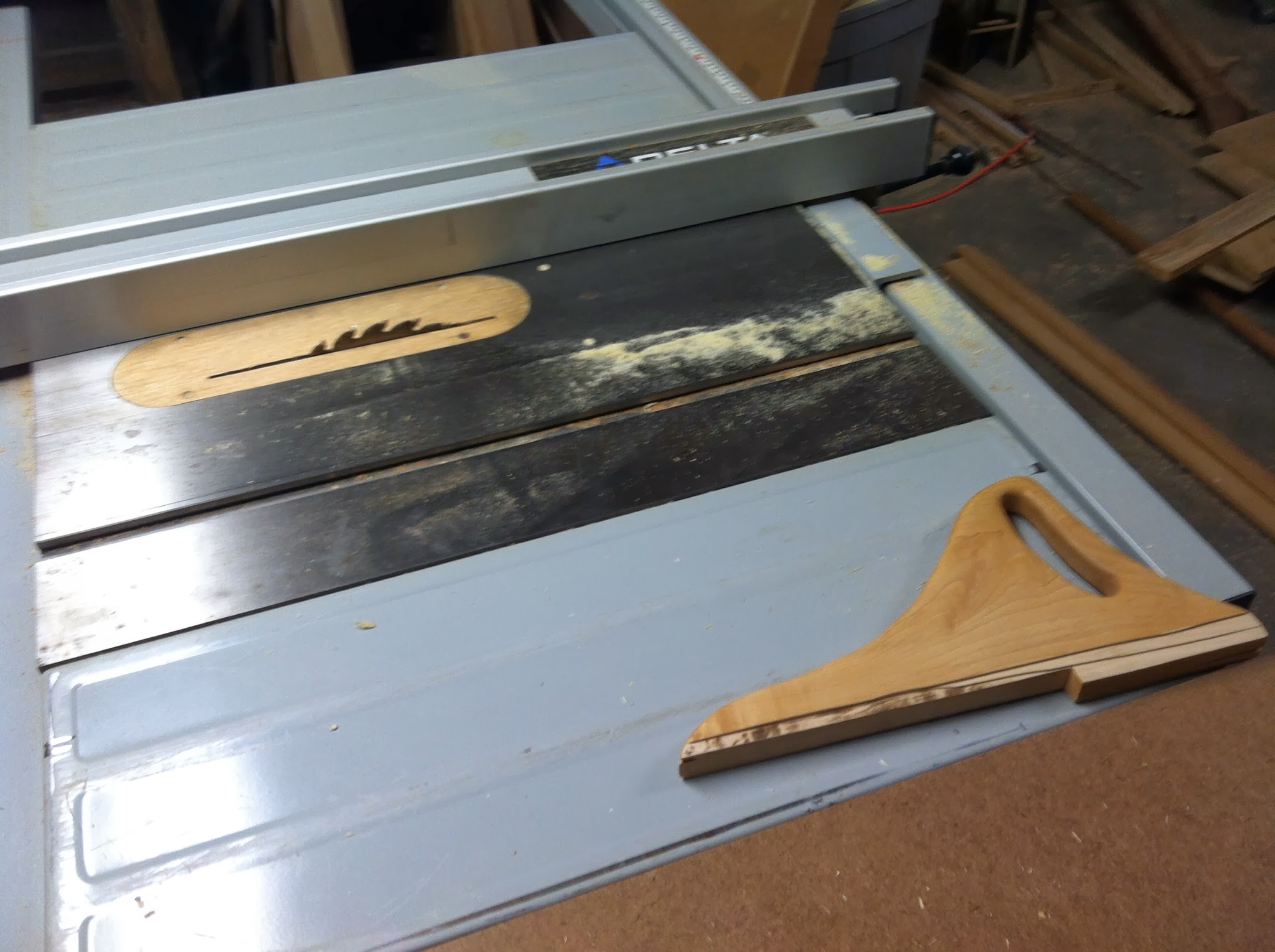 Cutting drawer parts with the table saw