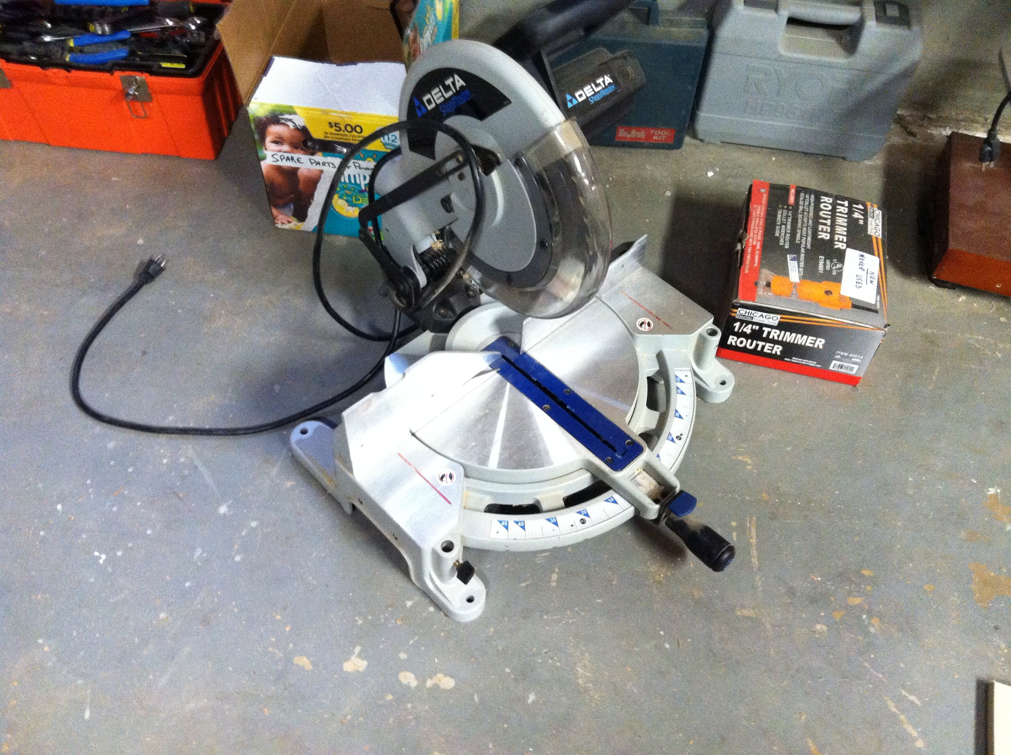 The Delta 10 inch miter saw that needs a home