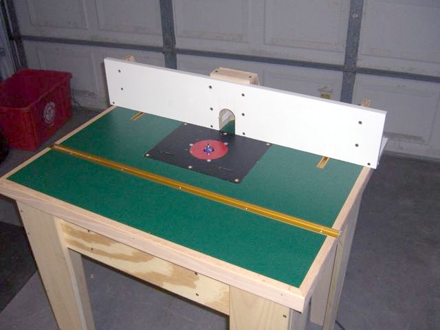 Green laminate router table top
