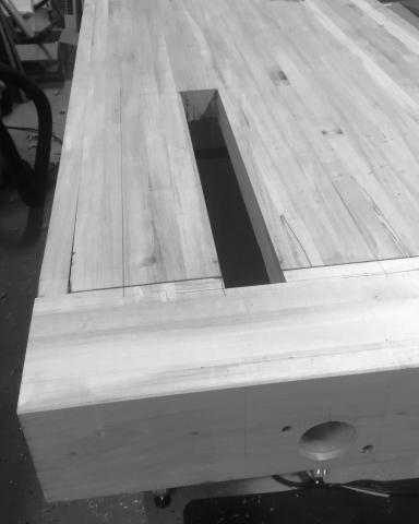 Tail vice recess cut into the benchtop, fitted to the Benchcrafted hardware