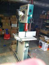 "Grizzly 17"" bandsaw"